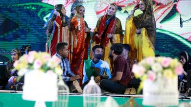 تصویر از یک اجرای قشنگ از گروه آنامیس در جشن ازدواج ۱۵۰۰ زوج هرمزگانی